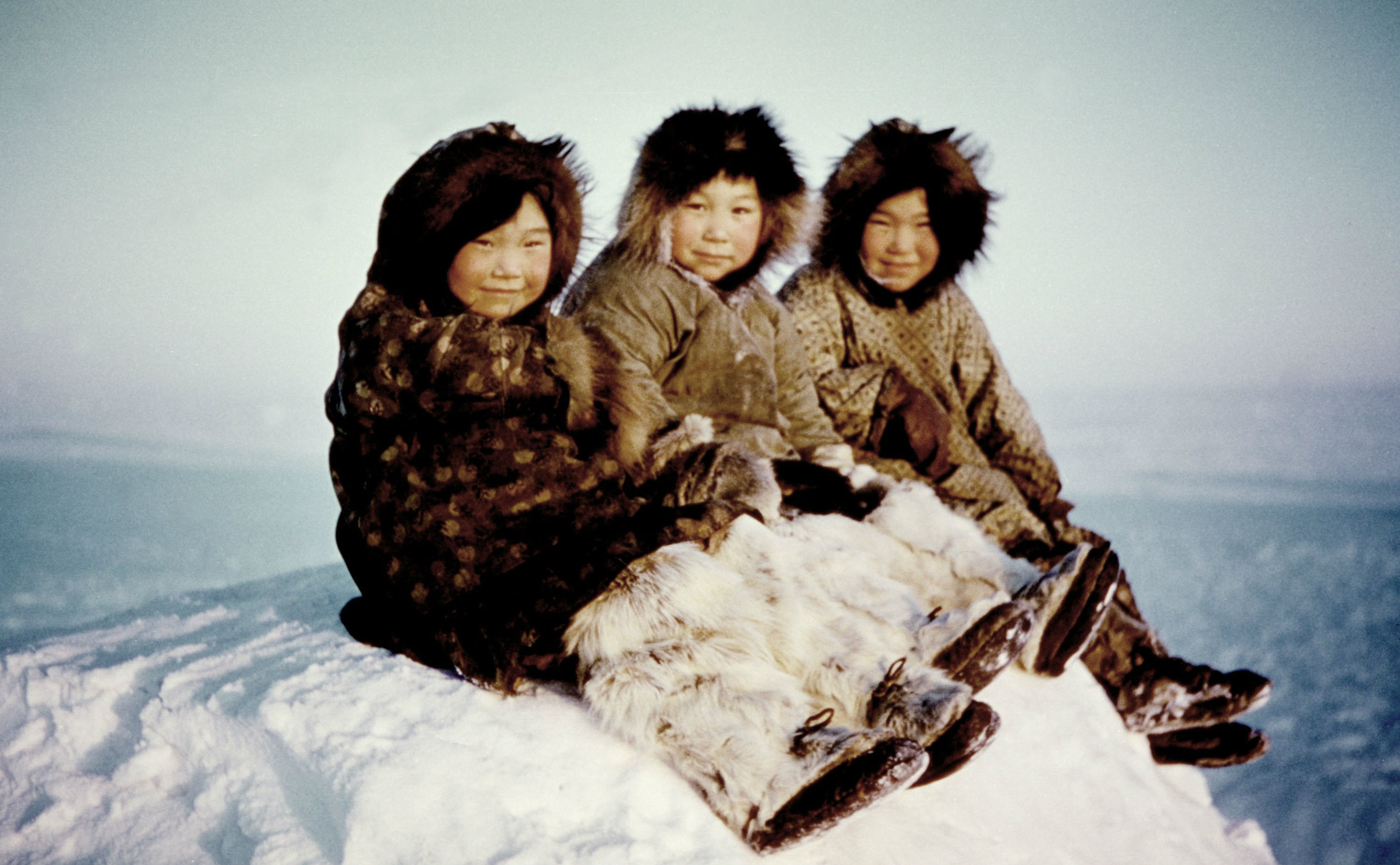 an overview of the native american people of inuit Native american tribes: the history and culture of the inuit (eskimos) ebook: charles river editors: amazonin: kindle store.